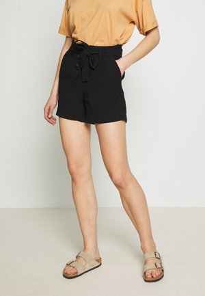 ONLKAYLEE ARIANA BELT - Shorts - black