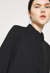 Monki - PARLY DRESS - Skjortekjole - black dark unique - 5