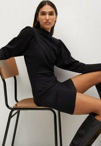 Mango - DERIBES - Etui-jurk - zwart - 5