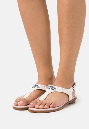 PLATE THONG - Sandály s odděleným palcem - soft pink