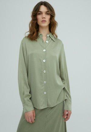 RAMONA - Button-down blouse - grün