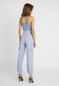 Missguided - CHECK CARGO TROUSER - Trousers - blue - 2