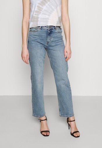 LI - Straight leg jeans - caspian mid blue