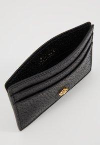 Versace - Punge - nero/oro caldo - 5