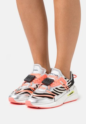 S-SERENDIPITY LC EVO - Sneakers basse - white/black/rosa