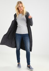 GAP - CREW TEE - Long sleeved top - heather grey - 1