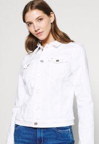 Tommy Jeans - VIVIANNE SLIM TRUCKER  - Denim jacket - white - 3