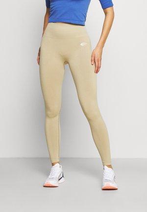 LEGGINGS CRUSH - Punčochy - beige