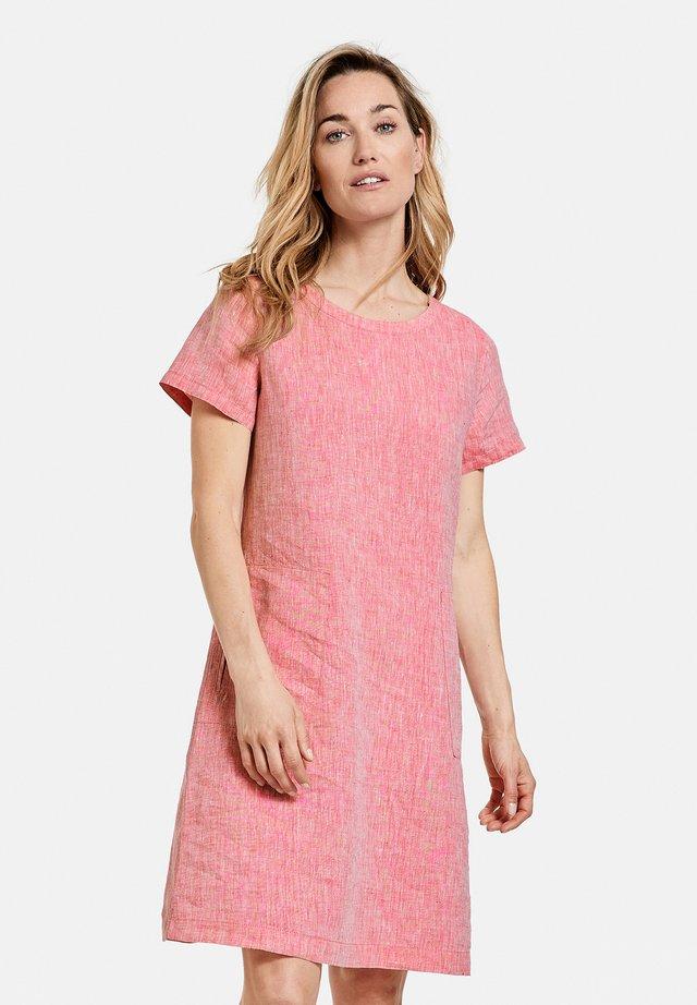 Korte jurk - rasberry
