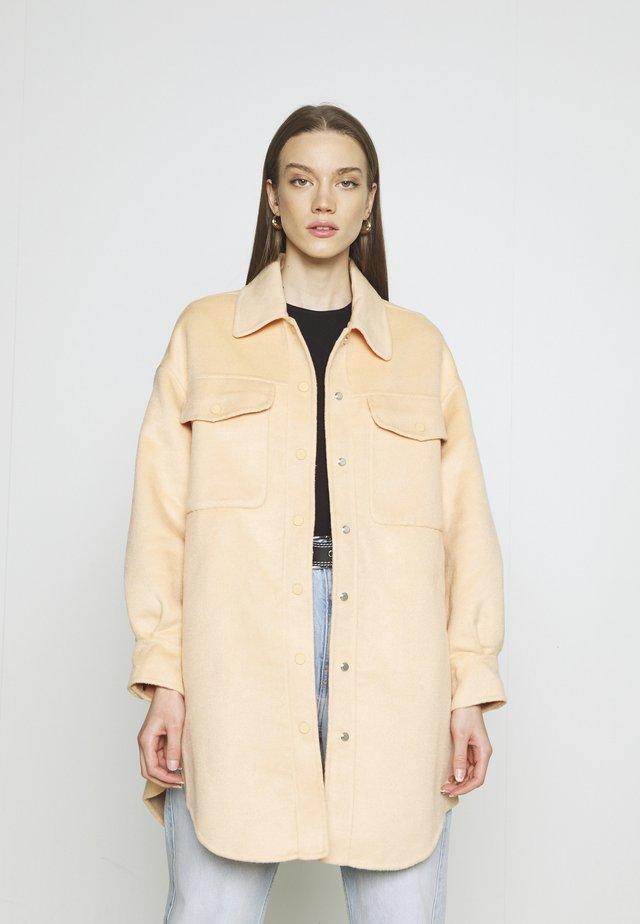HARLEY COAT - Short coat - apricot