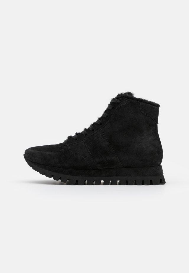 FLOW - Sneakersy wysokie - schwarz