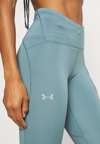 Under Armour - FLY FAST - Leggings - lichen blue - 4
