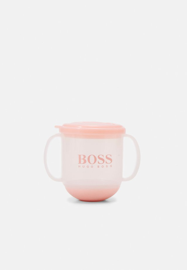 CUP - Baby-Trinkflasche - pinkpale