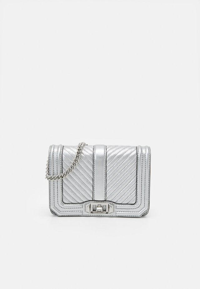 CHEVRON QUILTED SMALL LOVE CROSSBODY - Across body bag - silver