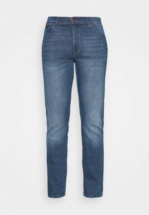 TEXAS - Straight leg jeans - vertigo blue