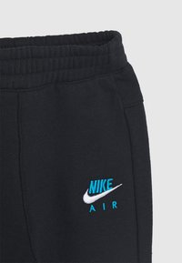 Nike Sportswear - AIR CREW SET - Tracksuit - black/laser blue - 3