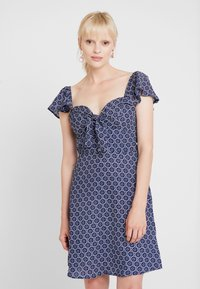 Dorothy Perkins - TIE FRONT DRESS - Day dress - multi - 0