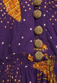 Farm Rio - BOROGODO BANANAS DRESS - Shirt dress - purple/yellow - 5