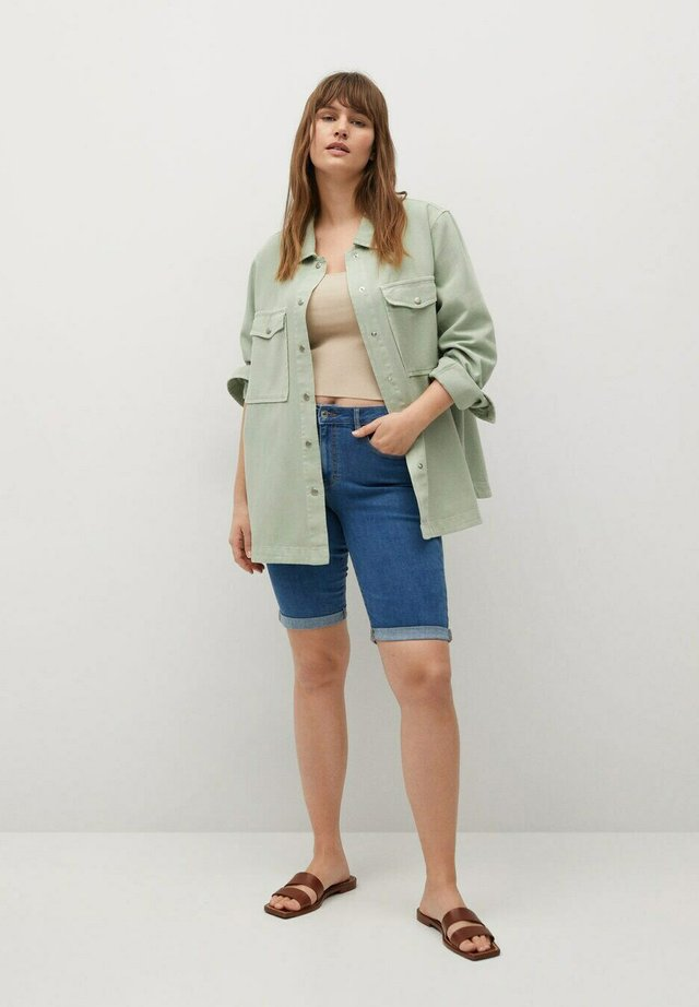 SODA - Shorts di jeans - mittelblau