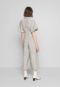 CMEO COLLECTIVE - INHALE - Overall / Jumpsuit /Buksedragter - cream/black - 2