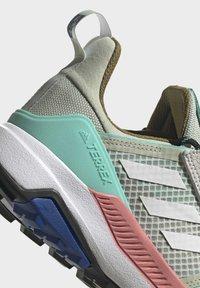 adidas Performance - TERREX TRAILMAKER BLUE WANDERSCHUH - Outdoorschoenen - green - 10
