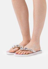 KHARISMA - T-bar sandals - bianco/multicolor - 1