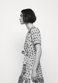 CECILIE copenhagen - Korte jurk - black - 4