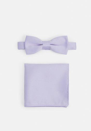 ONSTRENT BOW TIE BOX HANKERCHIEF SET - Pañuelo de bolsillo - pastel lilac