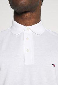 Tommy Hilfiger - Polo shirt - white - 4