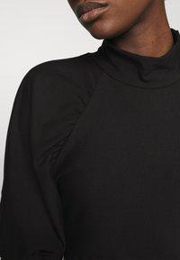 Gestuz - RIFA TURTLENECK - Basic T-shirt - black - 4