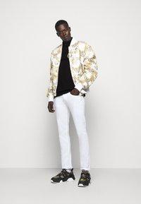 Versace Jeans Couture - ADRIANO LOGO - Polo - nero - 1