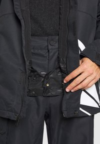 Volcom - 17FORTY INS JACKET - Snowboard jacket - black - 4