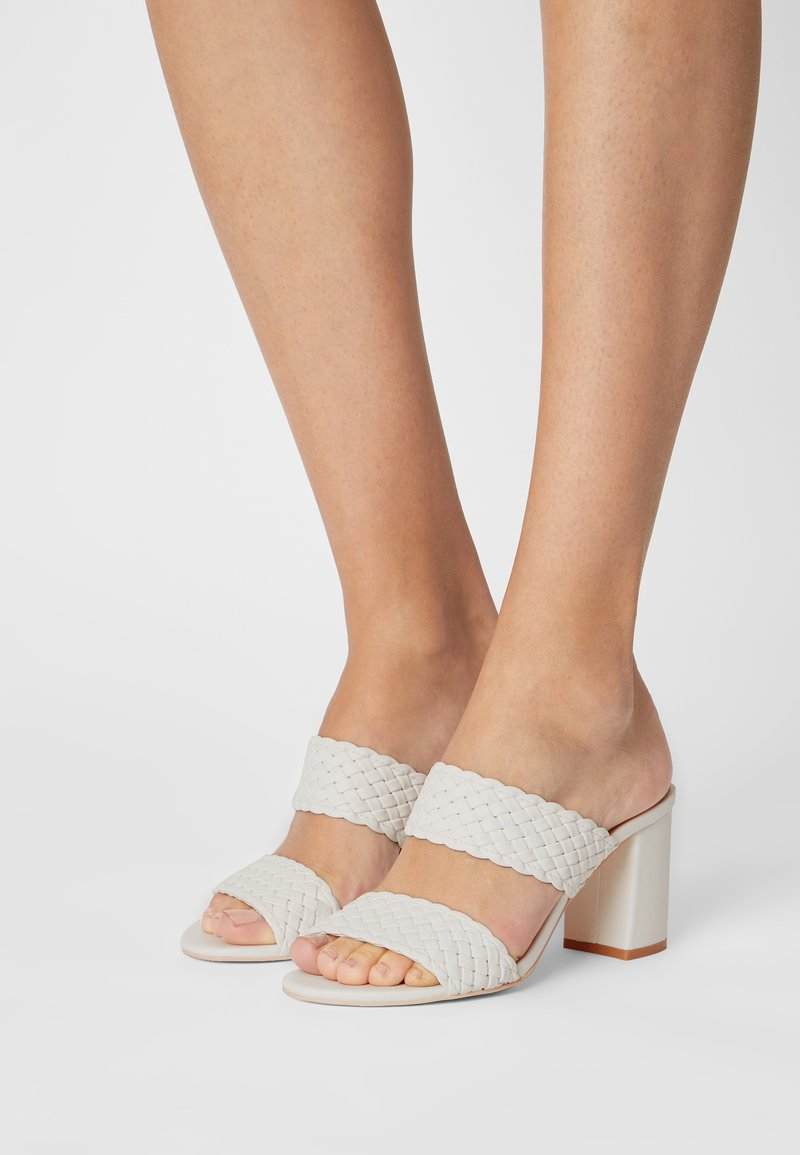 Nly by Nelly - BRAIDED BLOCK - Heeled mules - white