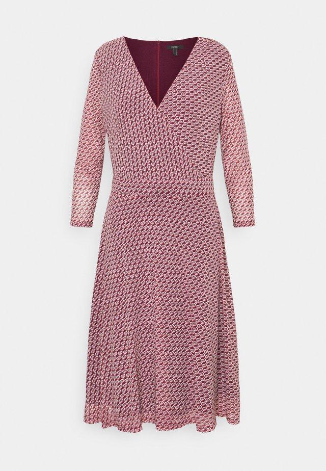 DRESS - Day dress - garnet red