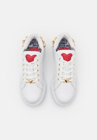 Love Moschino - Trainers - bianco - 4