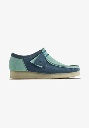 WALLABEE - Casual lace-ups - blue/green