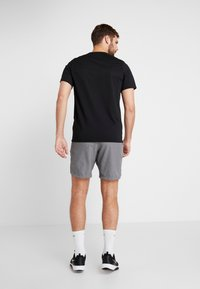 Nike Performance - FLEX REP SHORT - kurze Sporthose - charcoal heather/black - 2