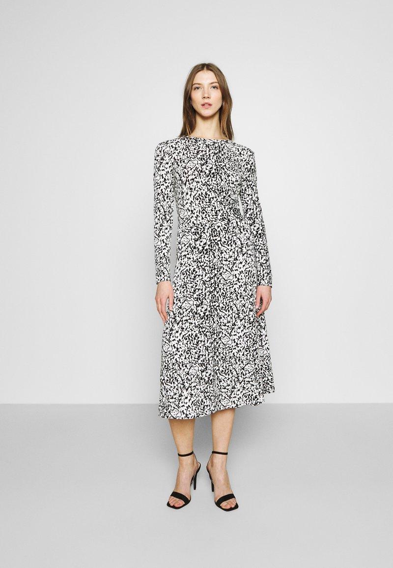 JDY - JDYBRISTEL DRESS - Vestido informal - white
