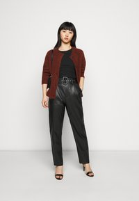 ONLY Petite - ONQNANNY - Trousers - black - 1