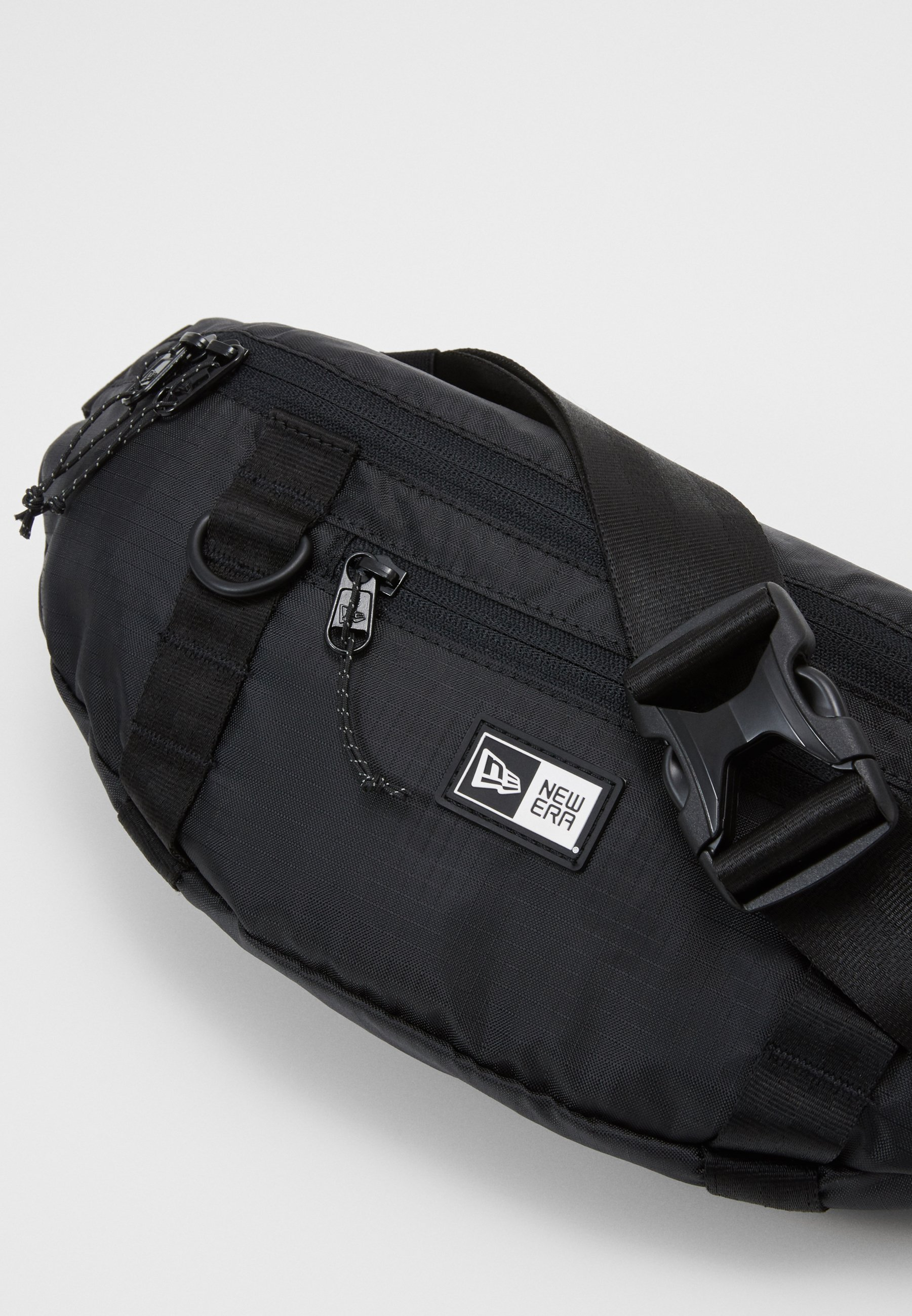 New Era WAIST BAG LIGHT - Rumpetaske - black/svart 4aKIui2ZhXQj9f2