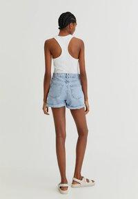 PULL&BEAR - Shorts di jeans - light blue - 2