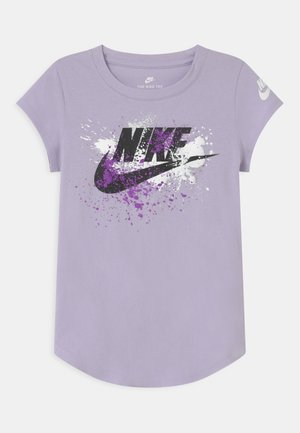 SKY DYE FUTURA BURST - Print T-shirt - purple chalk