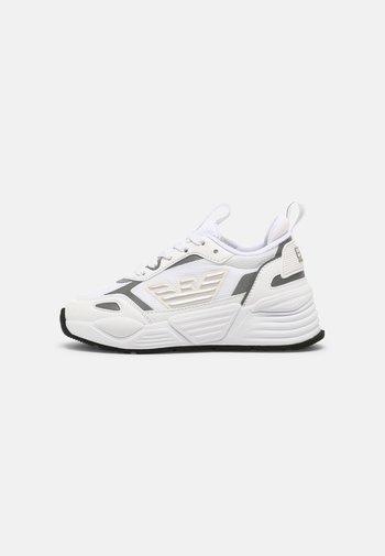 UNISEX - Trainers - white