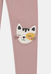 Lindex - KNEEPATCH CATS - Leggings - dusty pink - 2