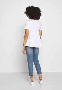 ONLY Petite - ONLAYCA PEPLUM - Print T-shirt - white - 2