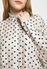 maje - CATHERINA - Button-down blouse - blanc/noir - 5