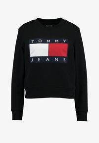 Tommy Jeans - TJW TOMMY FLAG CREW - Sweatshirt - black - 4