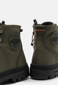 Palladium - PAMPA RCYCL LT WP UNISEX - Lace-up ankle boots - olive night - 5