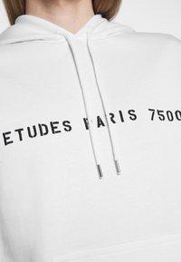 Études - YES FUTURE UNISEX - Felpa con cappuccio - white - 5