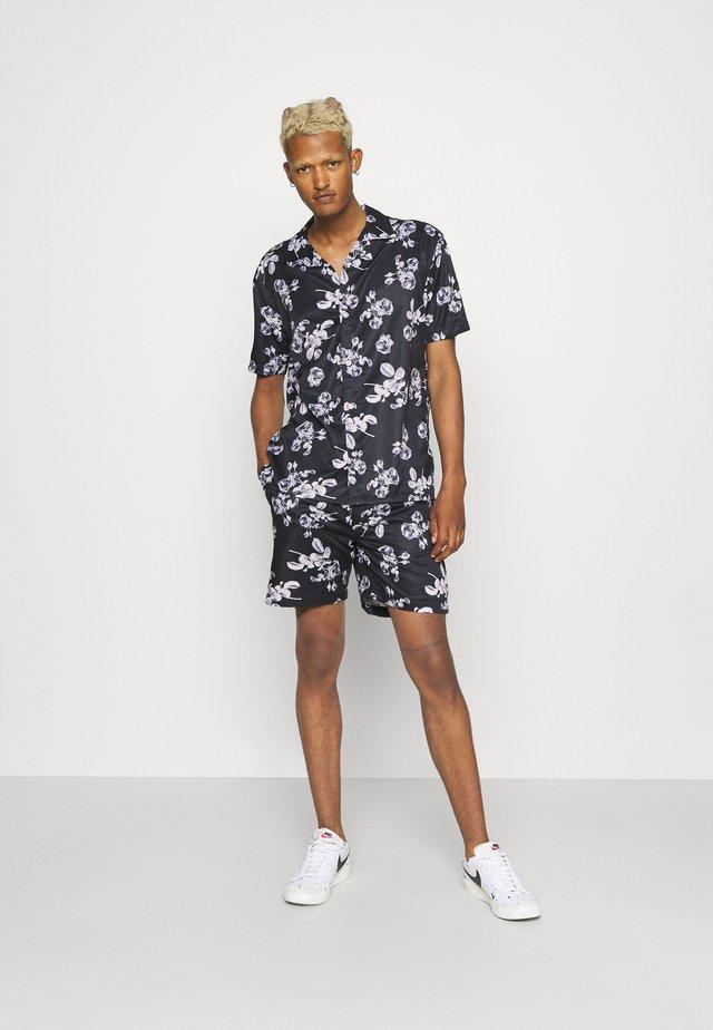 FLORAL SHIRT TWIN SET - Shorts - navy